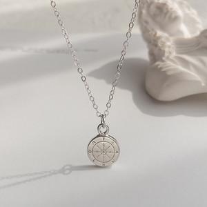 Image 5 - LouLeur 925 sterling silber runde mini kompass anhänger neckalce gold elegante exquisite halskette für frauen geburtstag schmuck geschenk