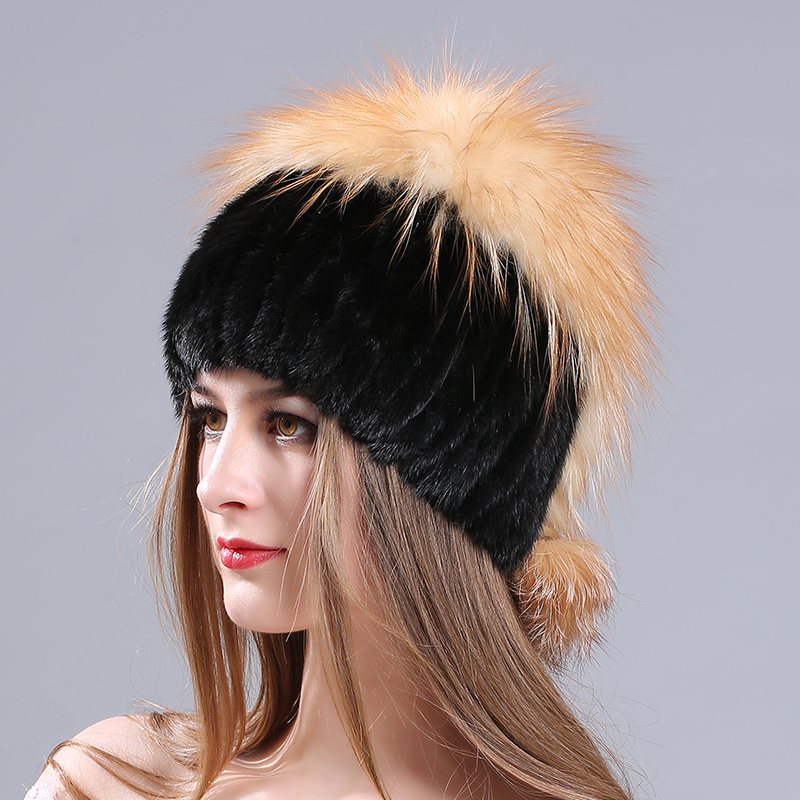 MIARA. L nouvelle dame vison chapeau mode argent fourrure de renard hiver chaud épaissi avec des chapeaux de fourrure fabricants en gros
