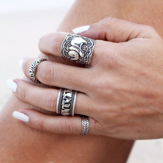 Offre spéciale 4 pièces/ensemble Vintage Punk anneau ensemble Unique sculpté Antique argent éléphant Totem feuille chanceux anneau pour les femmes Boho plage bijoux