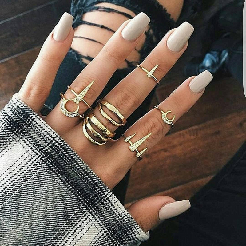 Europe and the United States popular street shooting fashion lips moon triangle ring combination suit women's wholesale