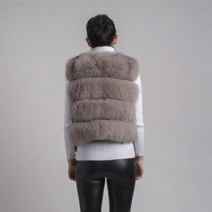 Image 3 - QIUCHEN PJ8005 2020 새로운 도착 뜨거운 판매 자연 진짜 여우 모피 짧은 조끼 gilet 겨울 여성 조끼 고품질 두꺼운 모피