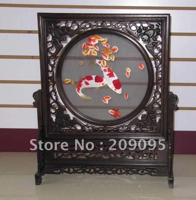 Chinese hand made silk embroidery art double-sided koi carps reversible mini-screen collectible home decor Su Embroidery