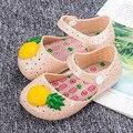 Verano nuevas sandalias de los niños sandalias de las muchachas lindo jalea de piña muchacha del niño sandalias niños breathbale hollow niñas zapatos sandalias de las muchachas