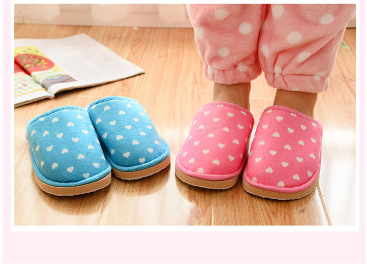 HTB1AOihaG67gK0jSZFHq6y9jVXay Inverno Mulheres Quentes Chinelos Em Casa Coberta de Coração-em forma de EVA Leve Feminino Sapatos de Pelúcia Macia Casa Quarto Flip Flops Unisex