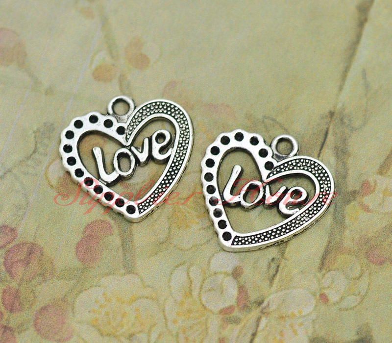 40pcs--Love heart Charms, Antique Silver heart PendantsCharms ,Love heart pendant, DIY supplies,Jewelry accessories