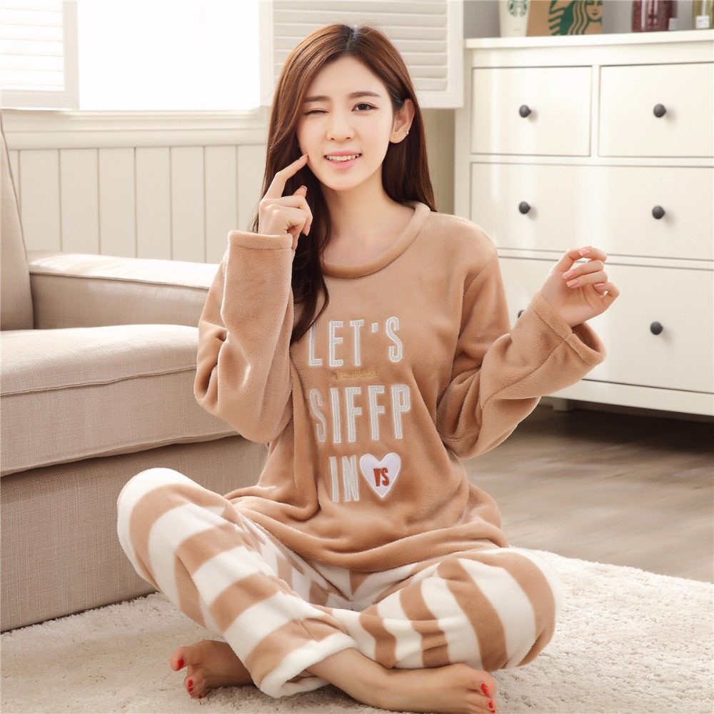Women Pajamas Set Winter Christmas Family Pajamas Female Print Thick Flannel Warm Pajama Set Long Sleeve Full Trousers Two Piece