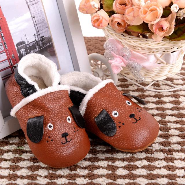 Nuevo invierno cálido botas de Bebé de Cuero Genuino Zapatos Mocasines estilo perro Del Niño Del Bebé Zapatos de Niño Recién Nacido Zapatos Pre-caminantes