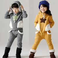 2014 New Children Boys Girls Winter Clothing Suit Star Fleece Warm Kids Set Fashion Sports Baby