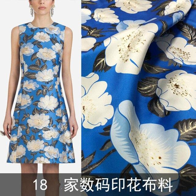 White flower fashion fabric 2018 new pattern Fashion ladies skirt calico wholesale advanced digital printing fabric processing