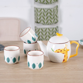 Living room ceramic cup set home European family cute cartoon pattern drinking water cup cold kettle rabbit giraffe elephant set