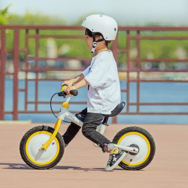 Original Xiaomi MiJia QiCycle Bike Tricycle Scooter 12 Inch for Children Yellow Color Slide&bicycle Dual Use купить