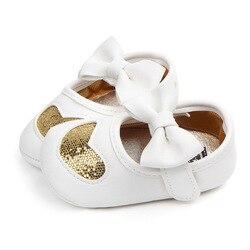 Модные детские мокасины из искусственной кожи для малышей, первые ходунки, принцесса, любовь, бант, мягкая подошва, обувь для маленьких дево...