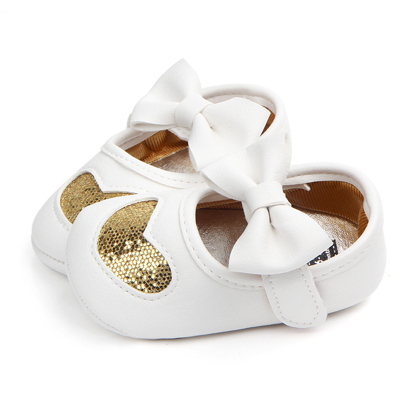 Fashion Baby Moccasins PU Leather Toddler First Walker Princess Love Bow Soft Soled Baby Girls Shoes Newborn Sneakers For 0-18M
