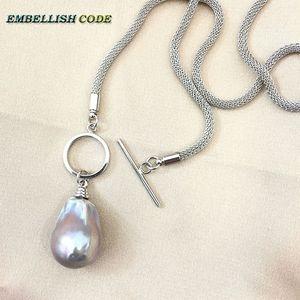 Collar con colgante de perlas barrocas, grises, con diseño de broche circular OT, cadena especial duradera de serpiente en forma de bola de llama