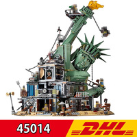 70840 Big Movie Series Lepining 45014 3560Pcs Doomsday Castle Statue of Liberty Set Building Blocks Bricks Kids Present