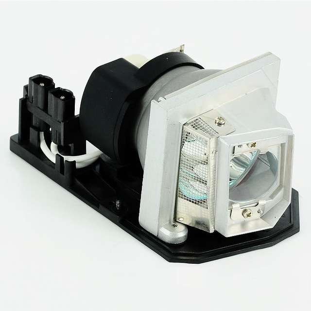 все цены на EC.K0700.001 Compatible projector lamp for use in ACER H5360/H5360BD/V700 projector онлайн