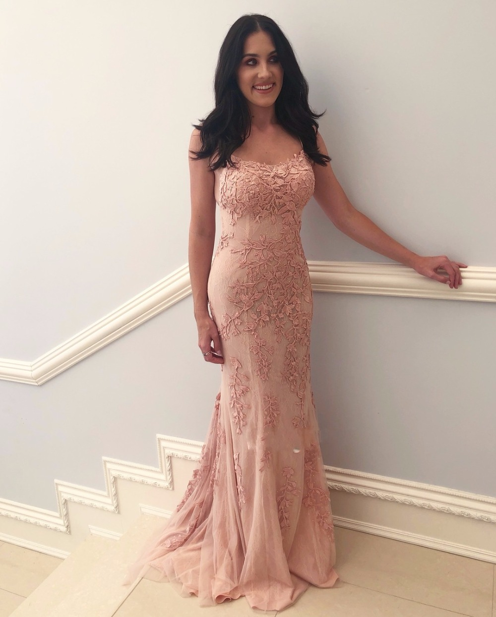 vestido gala New Beautiful Lace Tulle   Prom     Dress   Long Scoop Neck Appliqued Women Evening Party   Dresses