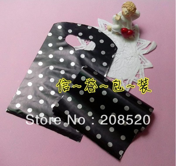 AD096 free shipping wholesale 13*20cm (200pcs/lot) black and white polka dot plastic gift bag for clothes jewelry package