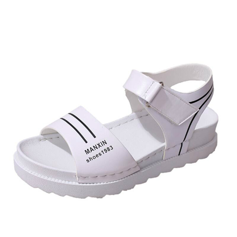 LISM 2018 new summer shoes fashion word buckle with flat bottom open toe sandals explosion models