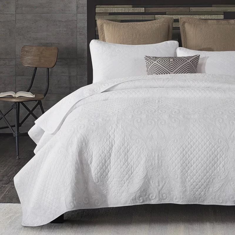 Chausub White Embroidery Quilt Set 3pcs Washed Cotton