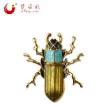 2017 New Arrival Gold Alloy Cockroach Broaches Retro Brooch Beetles Beetle Brooch Pin Accessories  X1794