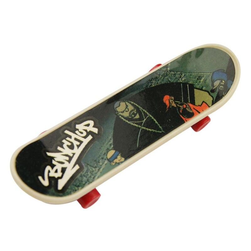 4PCS Finger Board Truck Mini Skateboard Toy Boy Kids