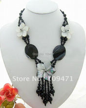 Charming! Onyx&Crystal&Shell Flower Necklace