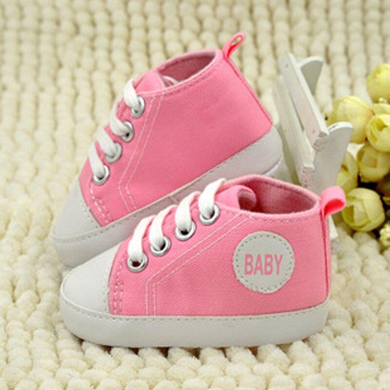 Cute Baby sko Brand Newborn baby Piger Drenge Sko Børne Sports Sneakers Spædbarn Sapatos Newborn Prewalker BreathableCanvasShoes