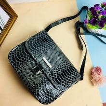 ФОТО crocodile serpentine pattern black genuine leather bags women handbag with metal logo bolsa feminina shop online hard handbags