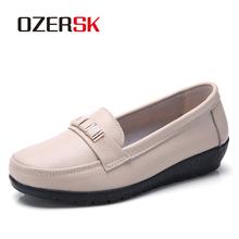 OZERSK miękkie buty wyjściowe na płaskim obcasie kobieta skórzane buty mokasyny mokasyny dla mamy Casual kobieta jazdy balet obuwie damskie obuwie tanie tanio Podstawowe Prawdziwej skóry Skóra bydlęca Krowa Zamszu Płytkie Gumowe Dla dorosłych Lato Okrągły nosek Slip-on Pasuje prawda na wymiar weź swój normalny rozmiar