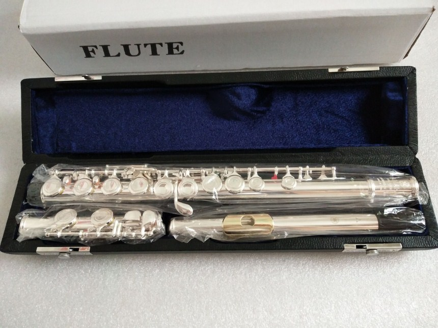 New arrival flute YFL212SL/YFL271Playing music instrument 16 Closed hole E key music C tune flute And gold plated mouthpiece