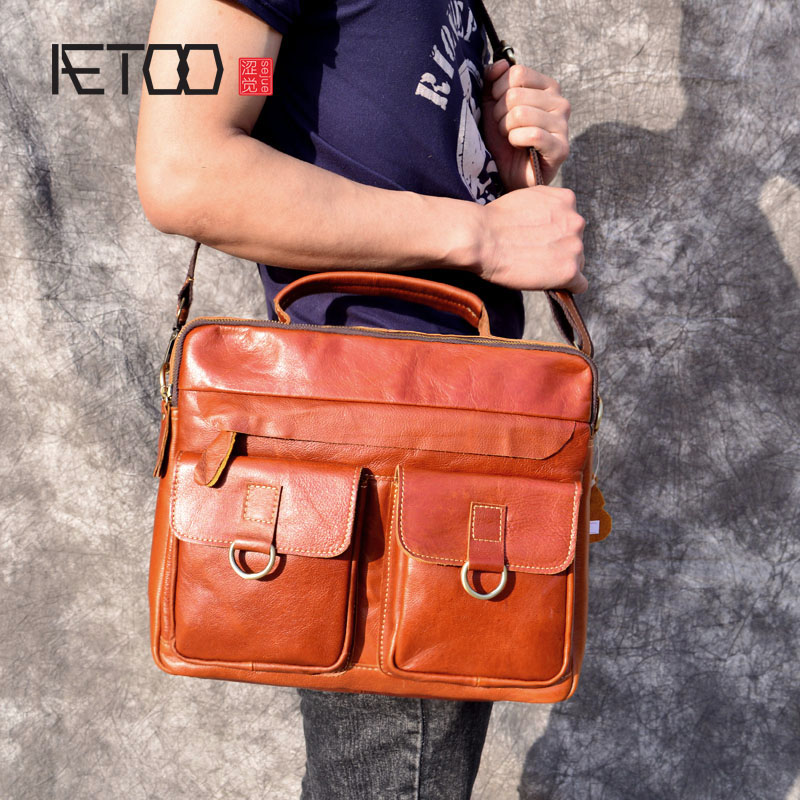 AETOO Handmade men's retro first layer really oil wax leather briefcase men large capacity bag aetoo spring and summer new leather handmade handmade first layer of planted tanned leather retro bag backpack bag