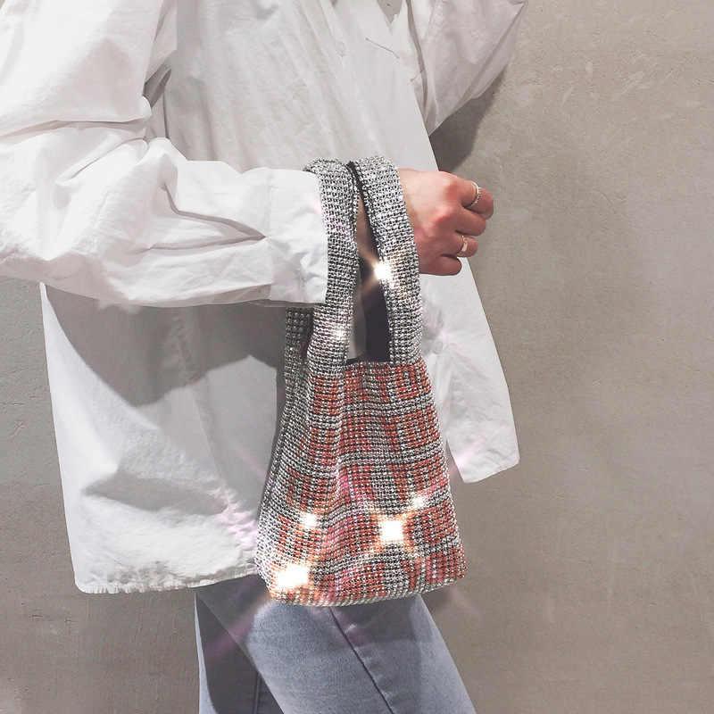 Dua Tali Bahu Tas untuk Wanita Musim Semi Musim Panas Gaya Baru Perak Cetak Pola Gadis Casing Kristal Bersinar Wanita Menggendong Tas