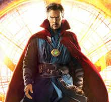 Avengers 4 Endgame 1:1 LED light Dr Doctor Strange Pendant Eye Of Agamotto Necklace Collection Cosplay halloween Christmas props