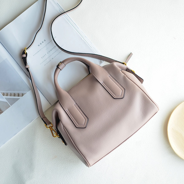 European Journal leather handbags are the first layer of soft leather all-match portable shoulder diagonal bag qiaobao 2018 new korean version of the first layer of women s leather packet messenger bag female shoulder diagonal cross bag