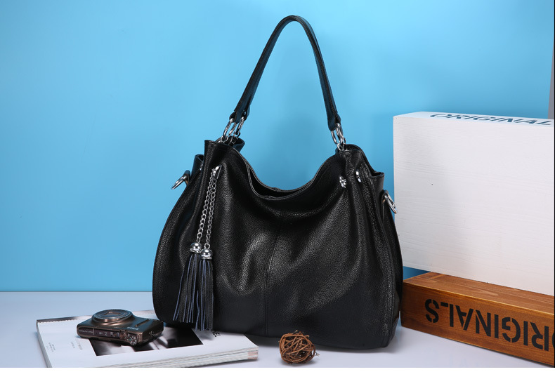 women leather handbag (2)