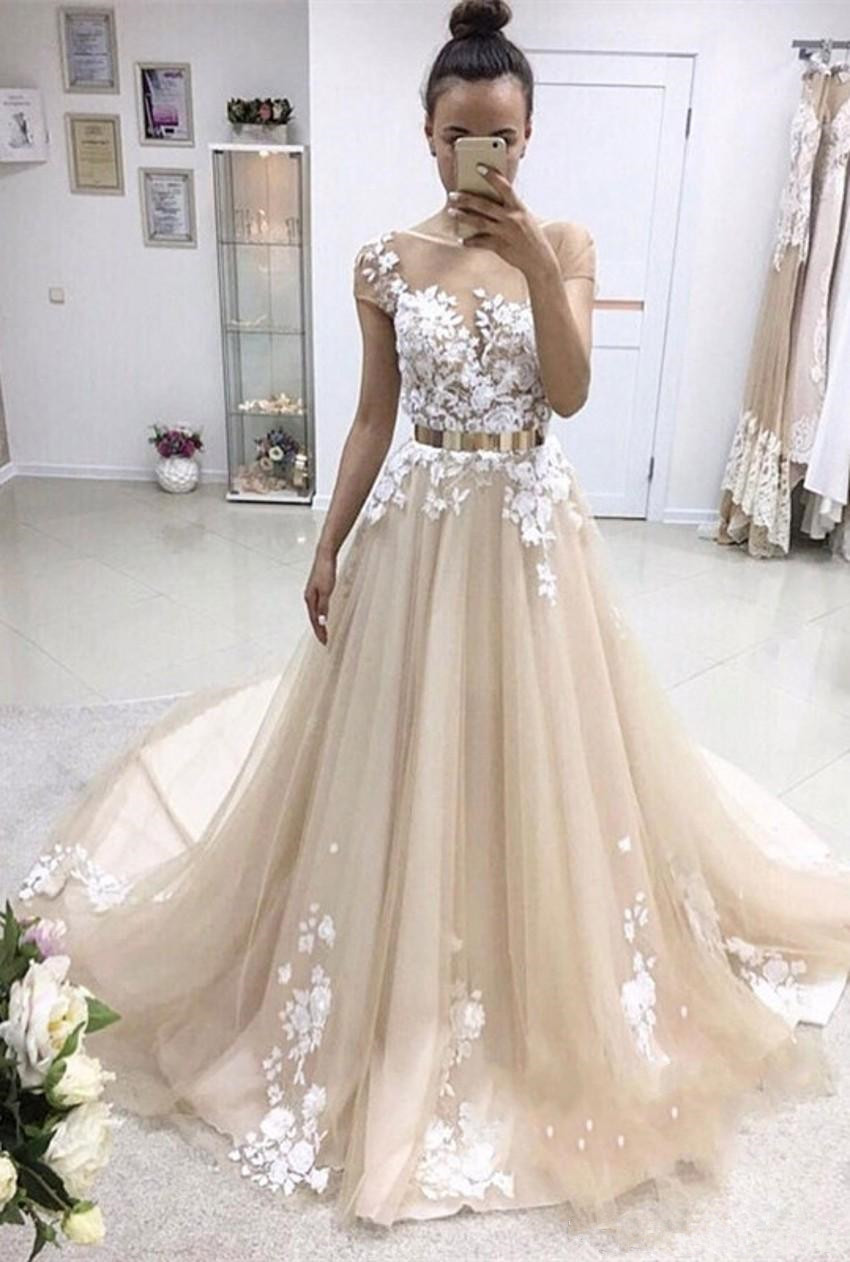 2018 Latest Short Sleeve Long   Evening     Dresses   Appliques Lace Tulle Train   Evening   Party   Dresses