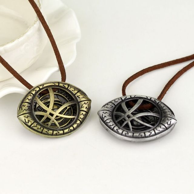 3 style Doctor Strange Eye Shape Pendants Necklaces Gift