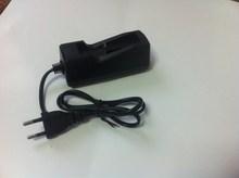 цена на 1pc EU plug 18650 18490 18350 3.7v li-ion battery charger