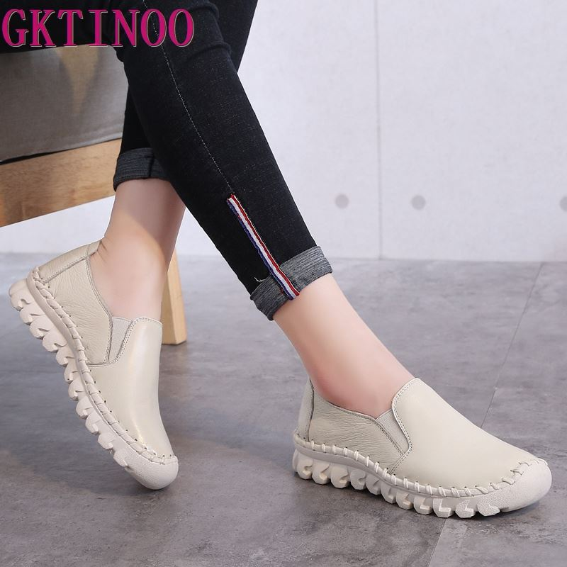 2019 New Women s Handmade Shoes Genuine Leather Flat slip on Mother Shoes Woman Loafers Soft