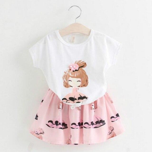 2017 летний новый девушки юбка костюм мультфильм печатных футболку + юбка детская одежда девушки установить случайные хлопка детской одежды для девушка