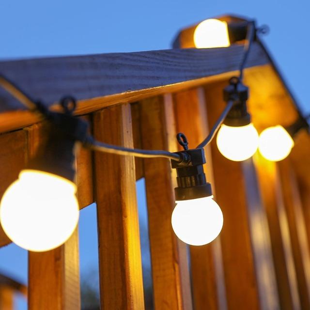 1X10 M Blanco Lechoso Natural Conectable 20LED Helada Festón Enchufe de LA UE-en Globo StringLights 5 LEDs por bombilla Patio Llevó Luces de Cadena