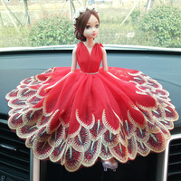 Creative car decoration wedding doll ornaments handmade wedding lace doll furnishings decorative toys fake flower wreath