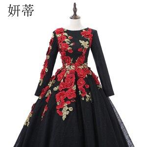 Image 4 - VINTAGE ลูกไม้สีดำแขนยาว Ball Gown Dresses 2019 ดอกไม้ Applique Beading Scoop คอทำจากชุดราตรี