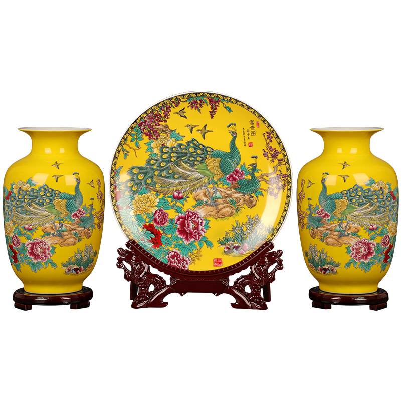 Vajilla de cerámica para decoración china, juego de tres piezas de pavo real amarillo, decoración para el hogar