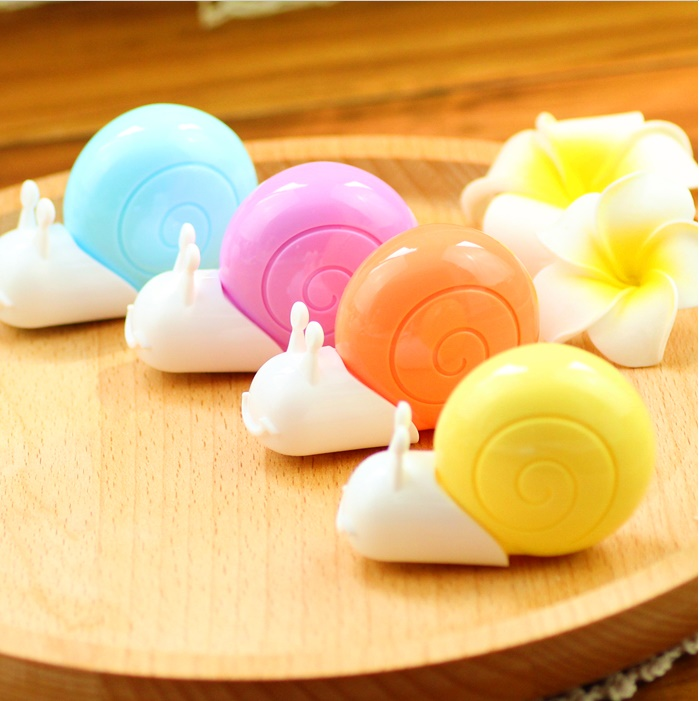 M&G 4pcs/lot Cute Kawaii 6M Correction Tape,New Snail Shape,Corrector Stationery School Supplies Papelaria Material Escolar
