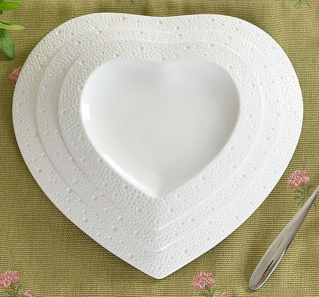 Heart Shaped Embossed Ceramics Dinner Plate Set Decorative Porcelain ...