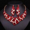 2017 Женщины Игристые Красный Rhinestone Кристаллическое Choker Ожерелье Серьги Шарм Люкс Комплект Ювелирных Изделий Свадебное Платье Аксессуары