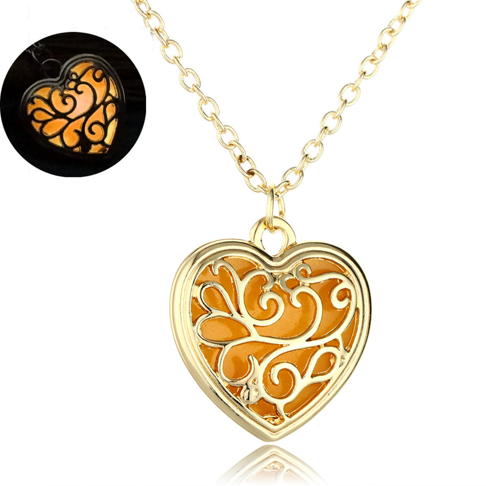 Hot Sale 2016 Glowing Necklace Pendant Crystal Heart Glow In the Dark Luminous Statement Necklace Jewelry N2390 crystal heart glow in the dark necklace