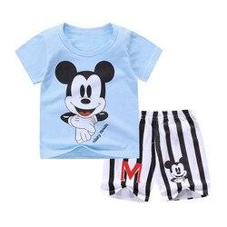 Новая летняя одежда с Микки Маусом для маленьких мальчиков, комплект одежды для новорожденных мальчиков и девочек, Спортивная футболка + шо...